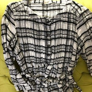 Anthropologie size 4 fits small button down shirt